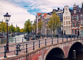 Amsterdam Guide Voyage